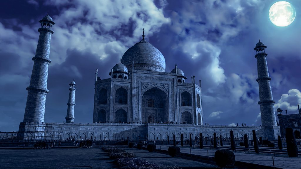 taj mahal in moonlight at night