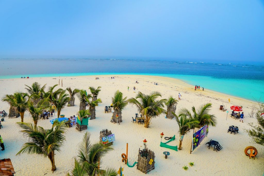 beach restaurant with blue beaches in Lakshadweep